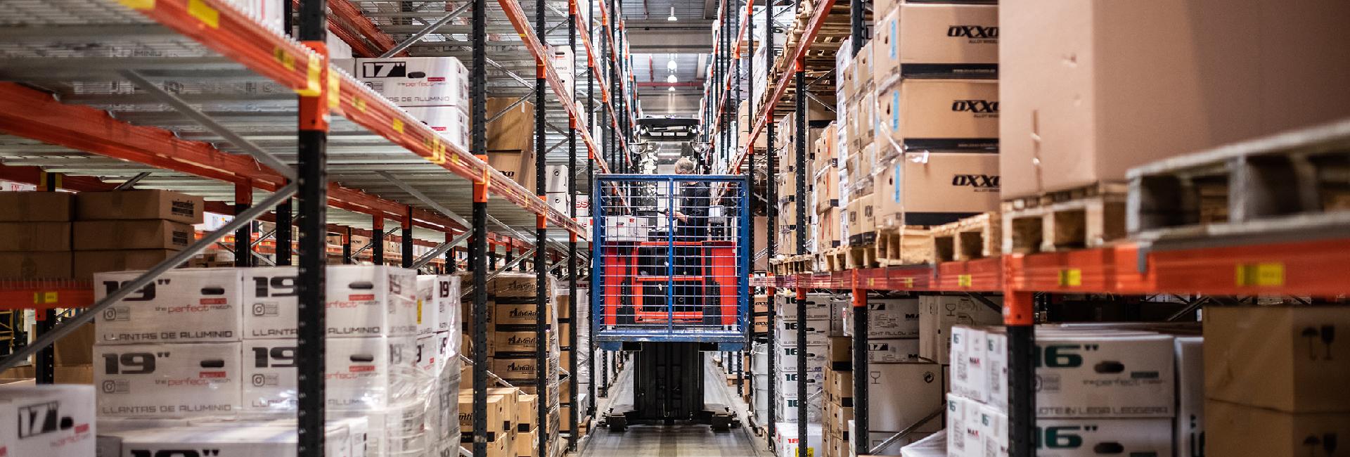 Bottombeeld Pon Logistics